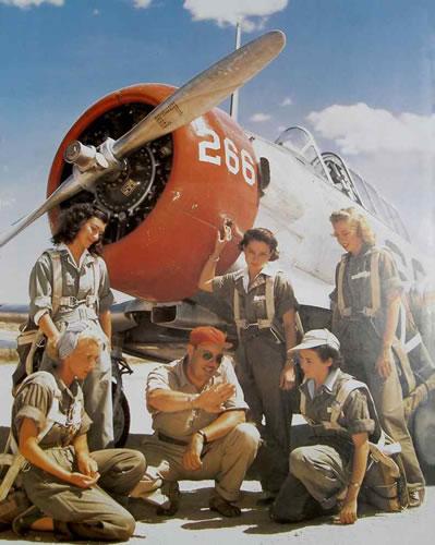 http://pro.confortvisuel.com/rayban-aviateur-avion.jpg